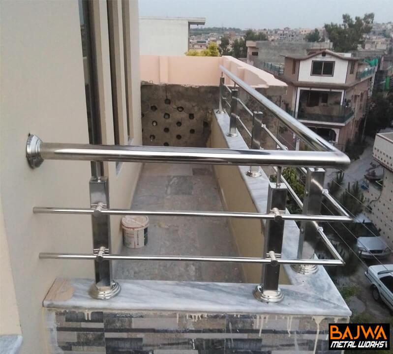 Balcony stainless steel railing grill