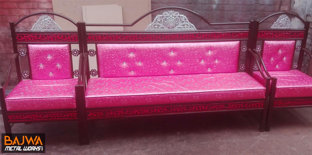 Iron pink sofa set design pakistan