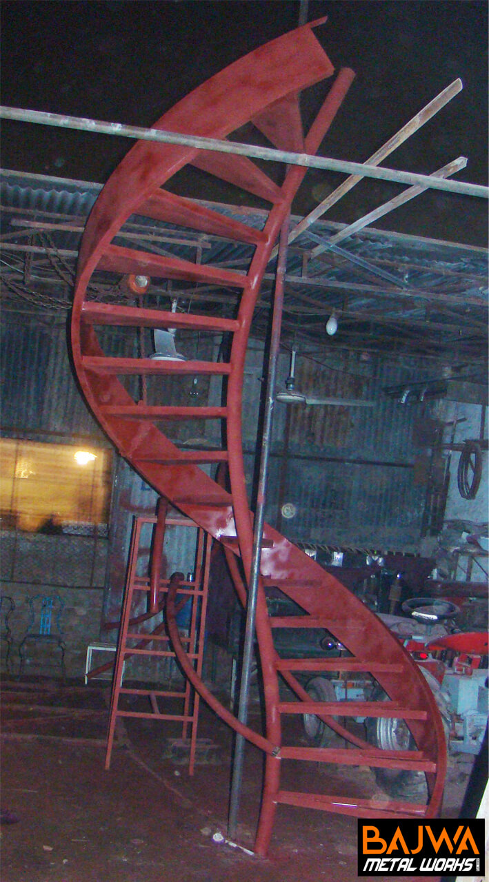 Modern steel spiral staircase design